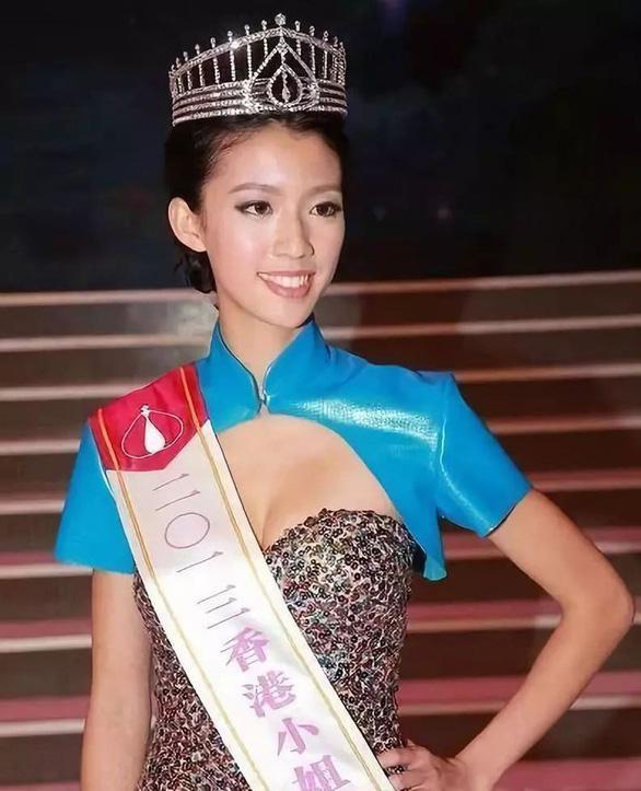 Bao Thanh Thiên trẻ thích thú với nón lá Việt Nam - Ảnh 6.