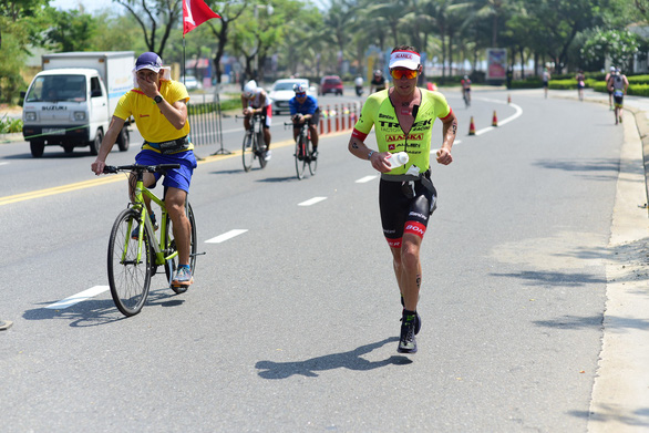 Du lịch + thể thao: nguồn thu triệu USD - Kỳ 1: Nói đến Đà Nẵng là nói đến Ironman - Ảnh 4.