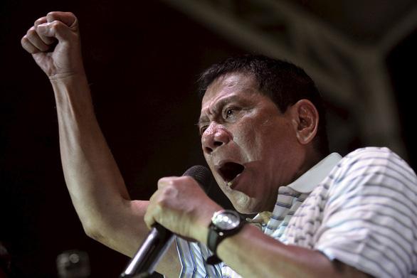 Ông Duterte: Tôi sẽ kêu lính tử thủ nếu Trung Quốc đụng tới Thị Tứ - Ảnh 1.