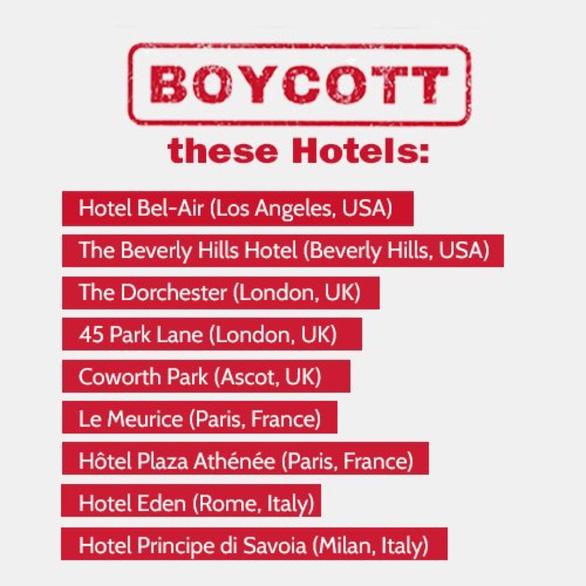 Ném đá người ngoại tình, quan hệ đồng tính, hàng loạt khách sạn của Brunei bị ném đá - Ảnh 2.