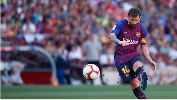 Messi trở thành Vua đá phạt hay nhất mọi thời đại - Ảnh 2.