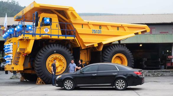 Thử nghiệm 4 xe siêu vận tải 1,6 triệu USD/xe khủng nhất Việt Nam - Ảnh 2.