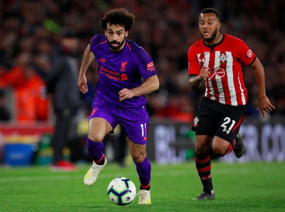 Ngược dòng hạ Southampton, Liverpool chiếm lại đỉnh bảng - Ảnh 3.
