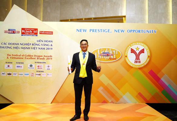 Aviva Việt Nam tiếp tục nhận giải thưởng Rồng Vàng - Ảnh 2.