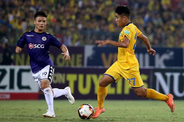 Sân Hàng Đẫy: Thủng lưới 4 lần, Sông Lam Nghệ An thua tan nát - Ảnh 3.