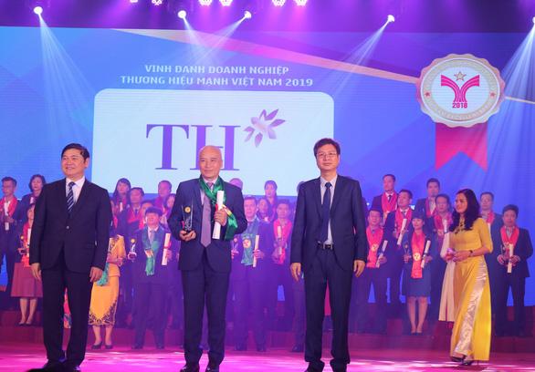 Tập đoàn TH lọt Top 10 thương hiệu mạnh Việt Nam 2018 - Ảnh 1.