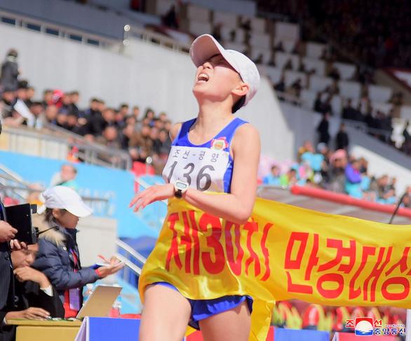 Du khách đổ về Bình Nhưỡng nhờ giải marathon - Ảnh 2.