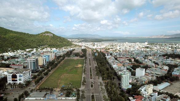 Xây dựng Quy Nhơn thành trung tâm kinh tế biển quốc gia - Ảnh 2.