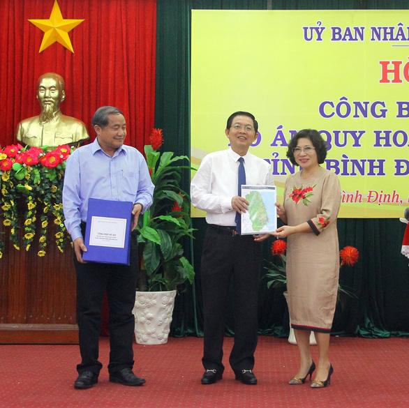Xây dựng Quy Nhơn thành trung tâm kinh tế biển quốc gia - Ảnh 1.