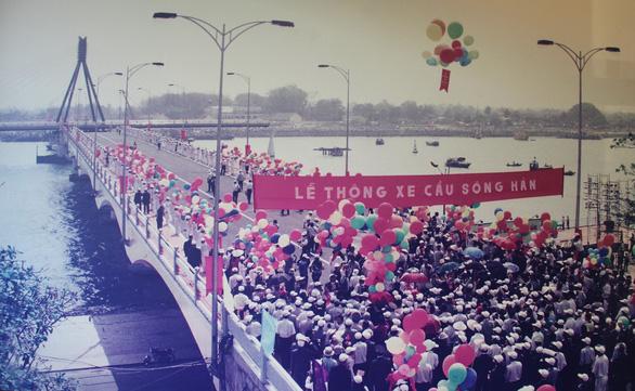 Những nhịp cầu phát triển Đà Nẵng - Kỳ 2: Cây cầu của triệu tấm lòng - Ảnh 1.