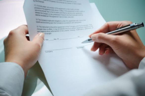 Trái đắng hợp đồng tiếng Anh du học
