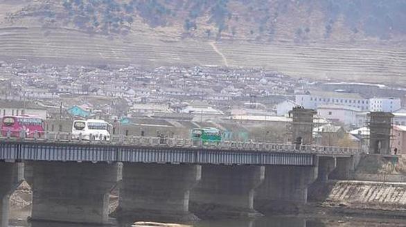 Trung Quốc, Triều Tiên thông thêm cầu mới nối hai nước - Ảnh 1.
