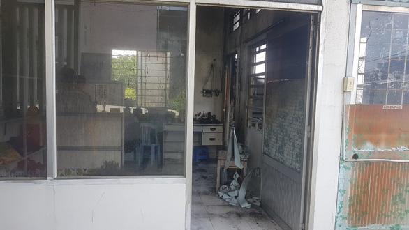 Cháy trường mầm non, sơ tán 120 trẻ giữa trưa - Ảnh 1.