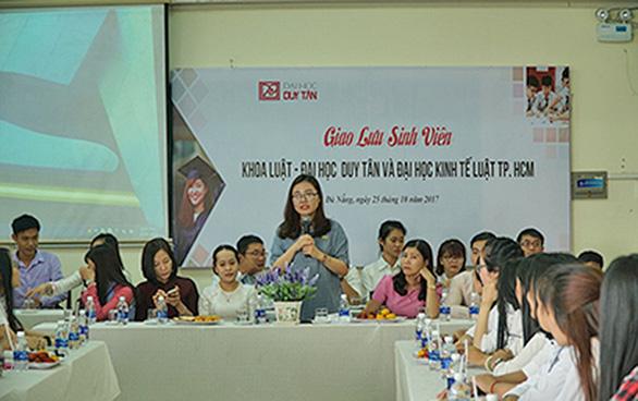 Đào tạo khối ngành khoa học xã hội nhân văn năm 2019 tại ĐH Duy Tân - Ảnh 2.