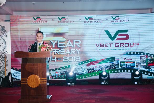 Tập đoàn Vsetgroup tưng bừng mừng kỷ niệm 5 năm thành lập - Ảnh 1.