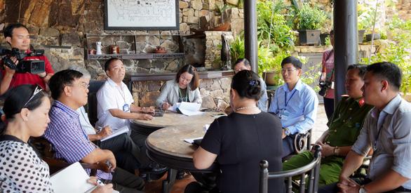 Khách tố resort chém 150.000 đồng/trái dừa, resort nói giá đã niêm yết - Ảnh 1.