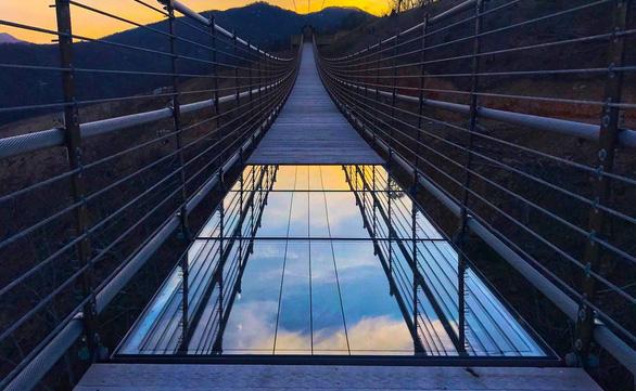 Cầu treo cho người đi bộ dài nhất nước Mỹ đón khách trong tháng 5 - Ảnh 3.
