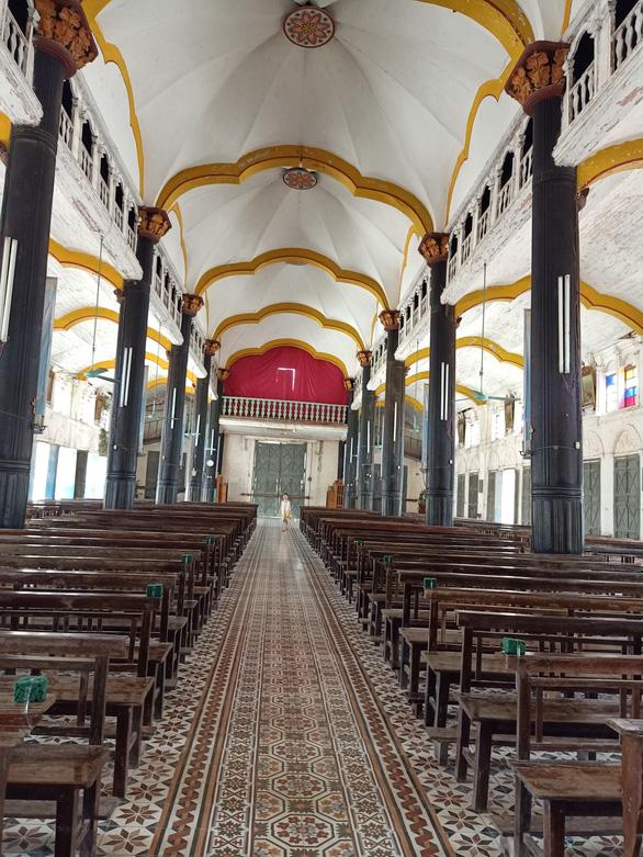 Hơn 20 kiến trúc sư, nhà bảo tồn gửi đơn xin 'cứu xét nhà thờ Bùi Chu - Ảnh 2.