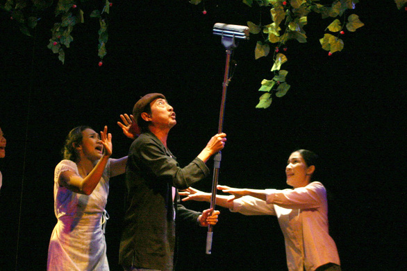 Nghệ sĩ Lê Bình qua đời sau một năm trị bệnh ung thư - Ảnh 3.