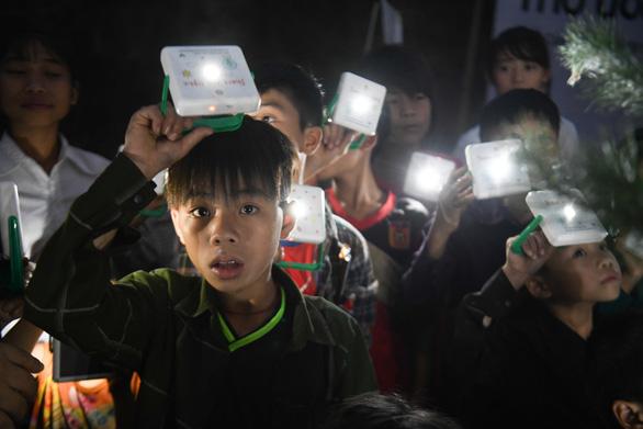 Samsung tiếp tục dự án Mặt trời mơ ước đến vùng xa - Ảnh 1.