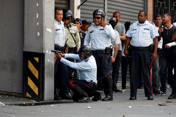 Venezuela cáo buộc Mỹ đứng sau âm mưu đảo chính - Ảnh 2.
