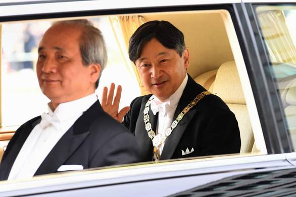 Tân Nhật hoàng: Sẽ luôn hướng suy nghĩ của mình tới người dân - Ảnh 4.