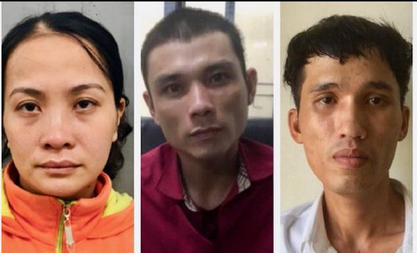 Khởi tố 3 người chuyên cướp giật tài sản của du khách nước ngoài - Ảnh 1.