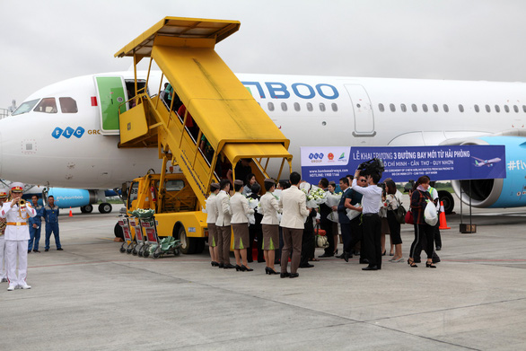 Thủ tướng cắt băng khai trương 3 đường bay đến Hải Phòng - Ảnh 3.