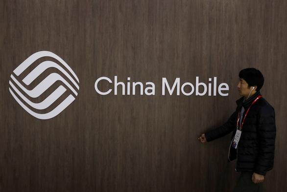 Trung Quốc chỉ trích Mỹ 'ép buộc vô lý' khi cấm China Mobile - Ảnh 2.