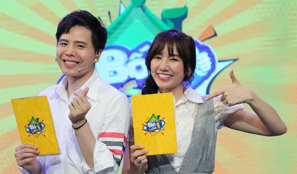 Hari Won cùng Trịnh Thăng Bình trổ tài chăm trẻ ở Bố là số 1 - Ảnh 1.