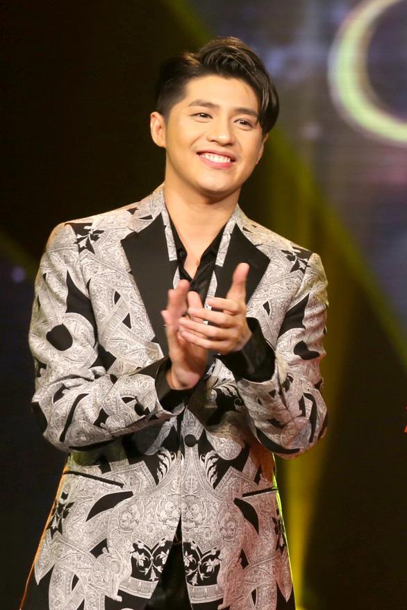 Sau chia tay Quỳnh Hương, Thay lời muốn nói trở lại với phiên bản mới - Ảnh 3.