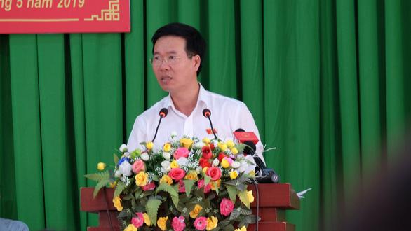 Ông Võ Văn Thưởng: Tiếp tục xử lý trực diện cán bộ tham nhũng - Ảnh 2.
