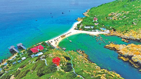 Phát triển mạnh du lịch biển đảo - Ảnh 1.