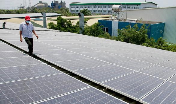 Đầu tư điện mặt trời quá thấp so với tiềm năng - Ảnh 1.