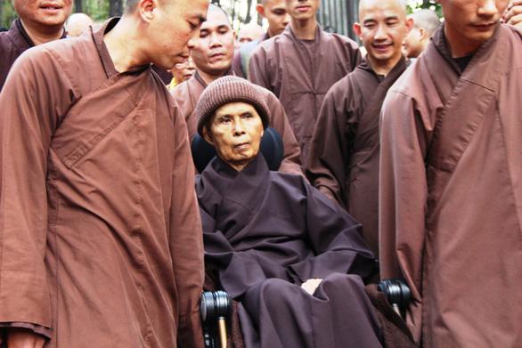 Thiền sư Thích Nhất Hạnh rời Huế vào Đà Nẵng an dưỡng - Ảnh 1.