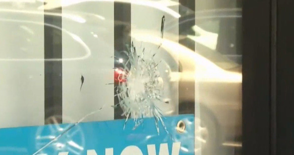Cướp vũ trang tại quán cà phê người Việt ở San Jose, 3 người bị thương - Ảnh 2.