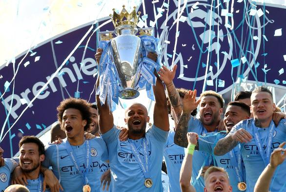 Đá bại Brighton, MC vô địch Premier League 2018-2019 - Ảnh 1.