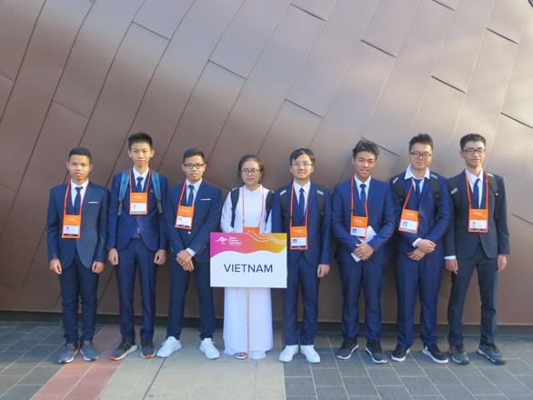 Olympic Vật lý châu Á 2019: Đoàn Việt Nam đoạt 2 HC bạc, 5 HC đồng - Ảnh 1.