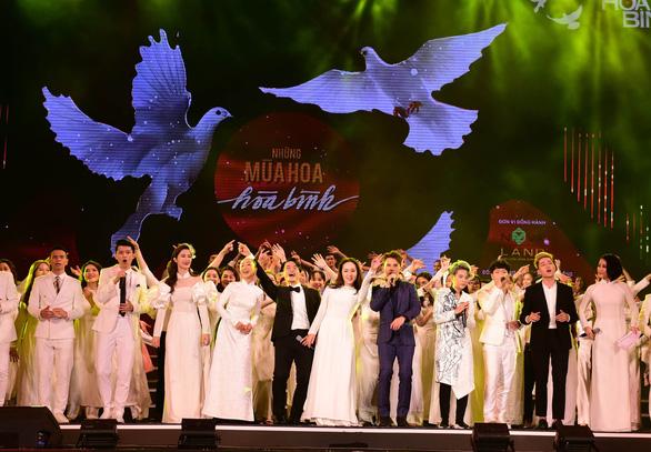 Tuổi trẻ Việt Nam - Câu chuyện hòa bình: Hát tặng những trái tim xanh - Ảnh 4.