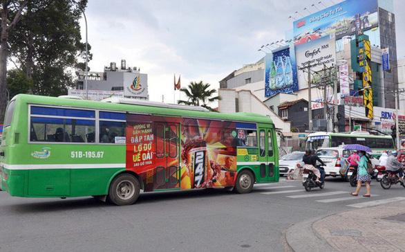 TP.HCM đấu giá cho thuê quảng cáo trên xe buýt sau 4 lần... thất bại - Ảnh 1.