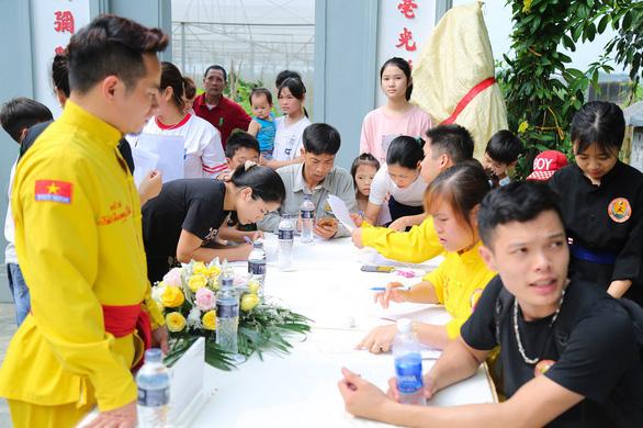 Ra mắt và khai giảng khóa 1 Câu lạc bộ Võ thuật Tài năng trẻ FLC - Ảnh 3.