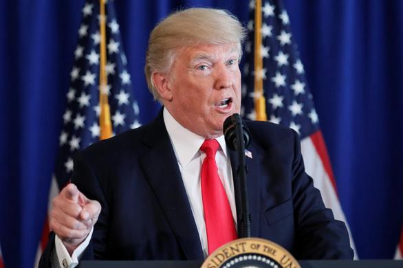 Ông Trump: Trung Quốc sợ các công ty chuyển qua Việt Nam và các nước khác - Ảnh 1.