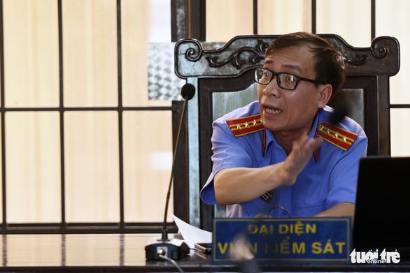 Nguyên trưởng Ban tổ chức Thành ủy Biên Hòa nhận 13 năm tù - Ảnh 4.