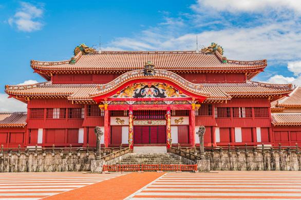 Bay thẳng đến Okinawa khám phá đảo Trường Sinh - Ảnh 3.