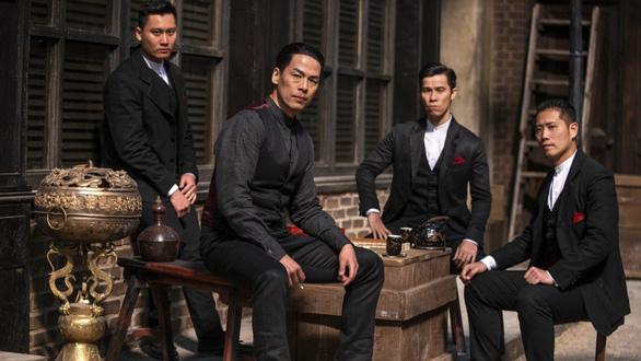 Nhà sản xuất Warrior bất ngờ công bố Dustin Nguyễn sẽ đạo diễn mùa 2 - Ảnh 6.
