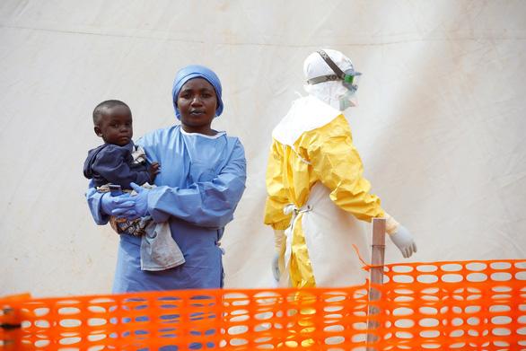 Ebola đang vượt tầm kiểm soát ở CHDC Congo - Ảnh 2.