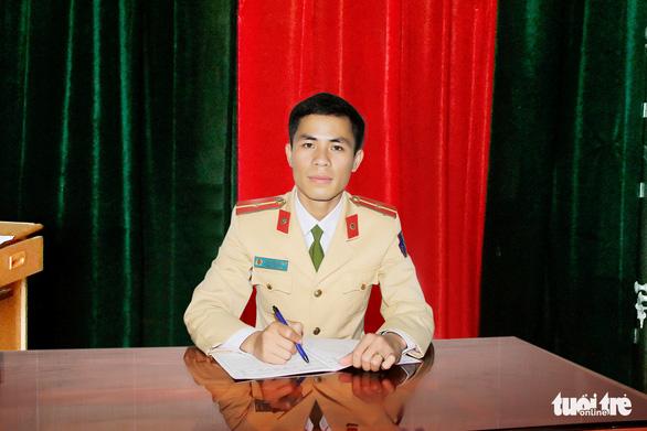 Trung úy giao thông cứu người: rèn luyện từ lời dạy của Chủ tịch Hồ Chí Minh - Ảnh 1.