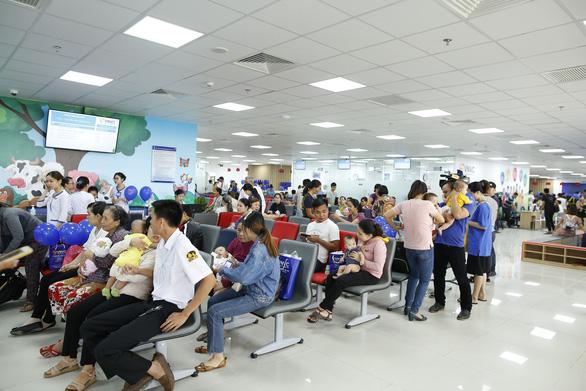 Đưa vào khai thác Trung tâm tiêm chủng lớn nhất tại Đà Nẵng - Ảnh 2.