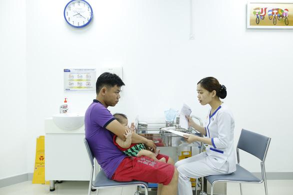 Đưa vào khai thác Trung tâm tiêm chủng lớn nhất tại Đà Nẵng - Ảnh 3.