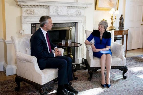 Tổng thư ký NATO khuyến cáo Anh cẩn trọng trước các rủi ro từ Huawei - Ảnh 1.